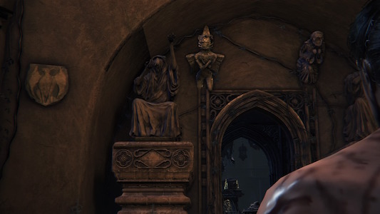 Old Yharnam Church Left Gate Thumb.jpg